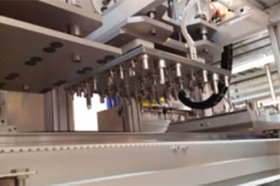 Plně automatický systém pro detekci děr vyráběný společností Tantec